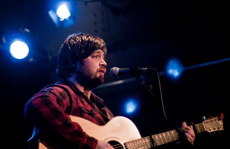 Stef MacCloud - Support For JT & The Clouds. Very Good Scottish singer/songwriter.