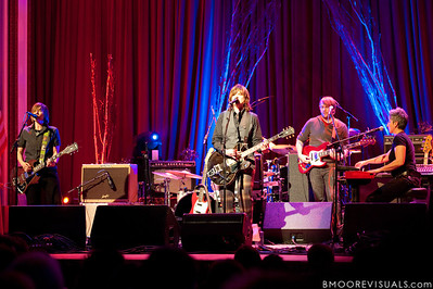 Kaia Wilson, Amy Ray, Greg Griffith, and Julie Wolf perform on February 18, 2010 at Capitol Theatre in Clearwater, Florida