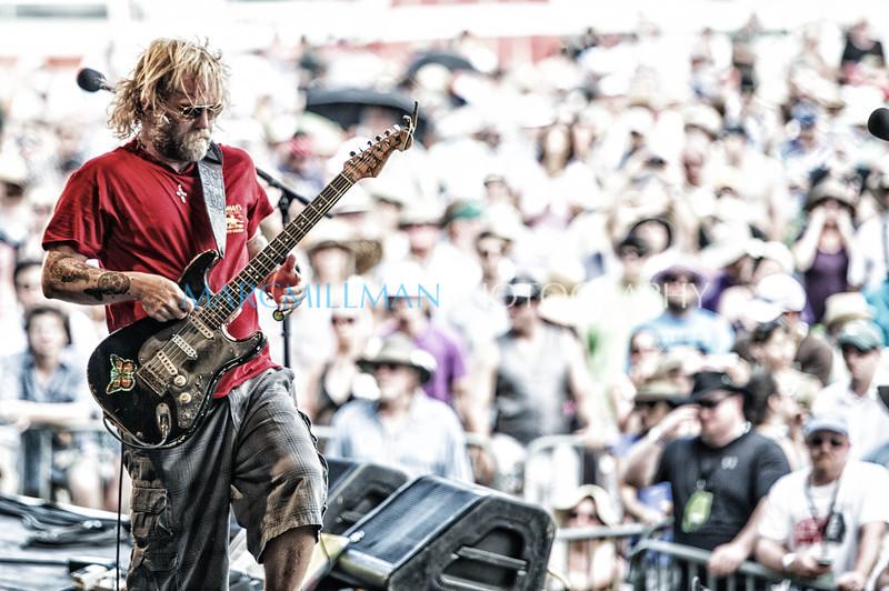 Nasty<br /> <br /> Anders Osborne @ Gentilly Stage (Sat 5/5/12)