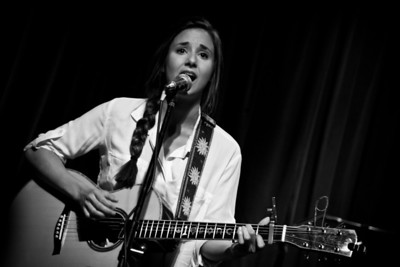 Andrea Davidson @ Off Broadway/ St. Louis, MO (9/19/12)
