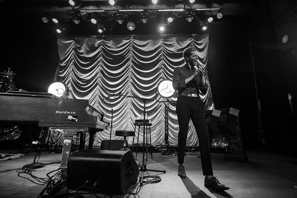 Andrew McMahon acoustic at The Vogue Theatre on December 11, 2019. Photo by Tony Vasquez.