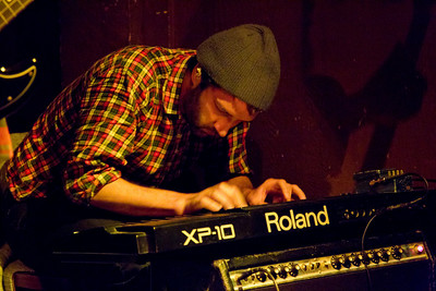 2/20/2011 Hemlock Tavern, San Francisco  My portfolio at www.skaffari.fi  Miikka Skaffari Photography on Facebook