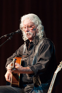 Arlo Guthrie, GV Vet's Hall, Center for the Arts-24