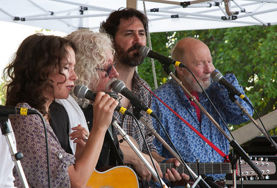 Sarah Lee Guthrie, Arlo Guthrie, Tao Seeger and Pete Seeger at the Generations set on the Clearwater Rainbow Stage.