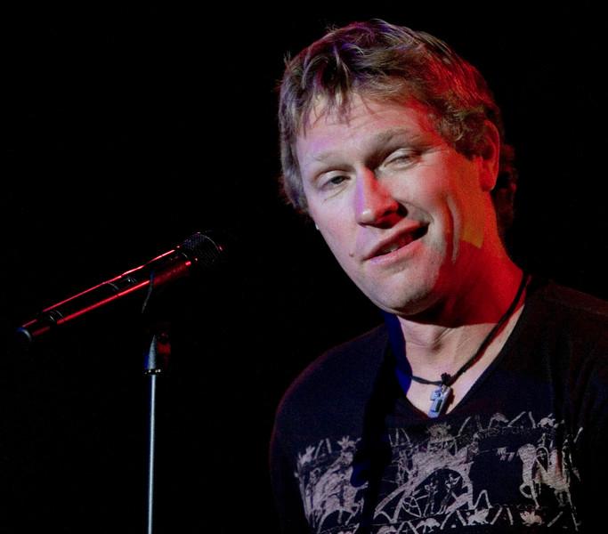 Craig Morgan performs at Wild Bill's in Atlanta (Duluth), Friday, July 13, 2007.