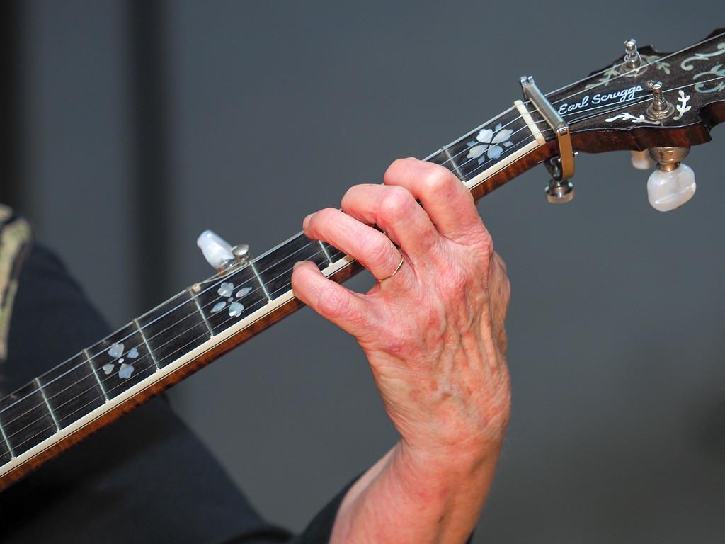 Bluegrass Hands-04