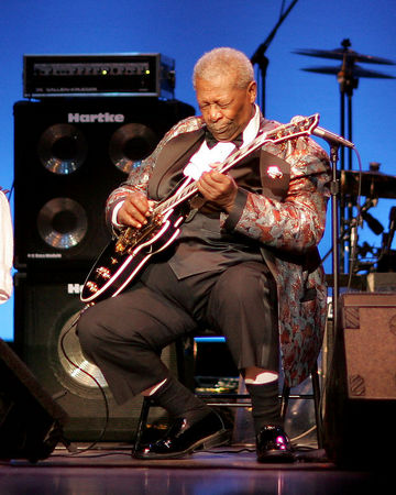 BB King Concert (with Keri Noble) (12-10-05)