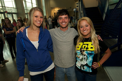 Morgan White with Jimmy and Jessica Alford from Turpin at the Cintas center for B.o.b