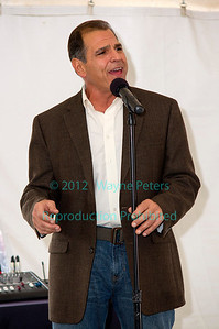 Tony Padulla at Winetique 2012 in Sanborn, NY