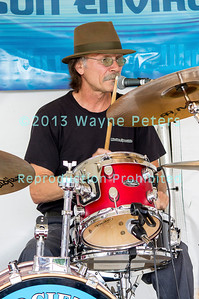 Zark and the Sharks at Cross Border Blues, Brews & Que in Wilson, NY June 15, 2013