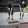 De technisch directeur observeert zijn mankrachten @ Headbanger's Balls Fest - 't Sok - Kachtem - West-Vlaanderen