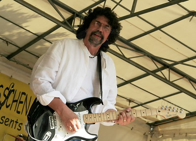 Phil Bates (Ex- Electric Light Orchestra)