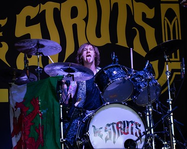 THE STRUTS AT THE BB&T
