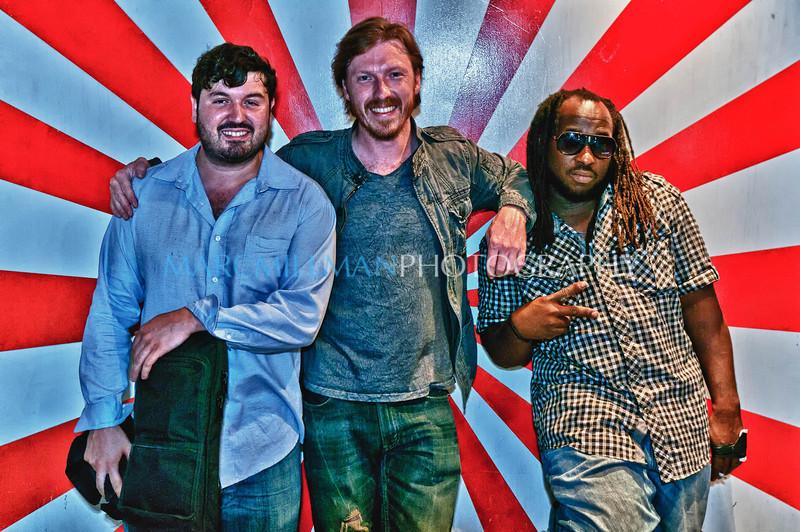 Last men standing [or leaning] <br /> <br /> Hiro Ballroom (Thur 6/16/11)