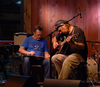 Bill Chambers sits in with Jimmy Lafave