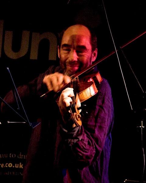 Legendary violinist Bradley Creswick