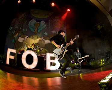 Fall Out Boy opens at Riverbend for Blink182 on August 13, 2009