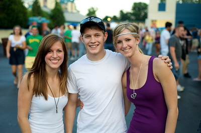 Carly Parsons, Ryan Qualls and Karisa Herzog of N. KY at Riverbend for Blink182 on August 13, 2009
