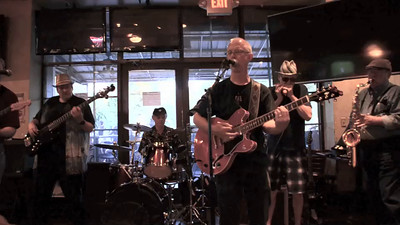Blues Jam @ Beantown - 6-14-15 Unchain My Heart