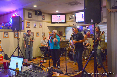 Blues Jam @ Finz - 5-18-14 - sm