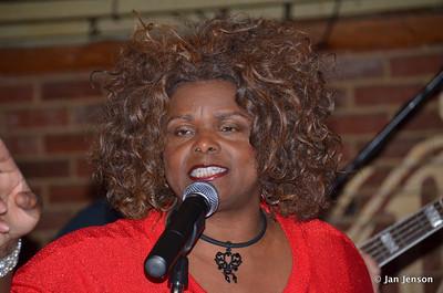 Chocolate Thunder (Linda Rodney) with Part Time Blues Band