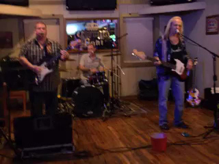 Ben Gatlin Band @ Finz, Matthews, NC 9-27-13 ... snippet from Ain't Got No Sunshine...