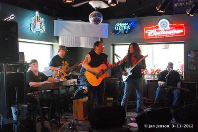 Uncle Grub, ???, Rob Thorne (drums), Wink Keziah, Arda Bagcioglu, Dale Meyer