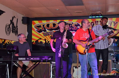 Scott McFarlane, Mike Taylor, Darren Wachman (behind Mike), Jim Snyder, Emanual Wynter Shades Of Blue - Rockin' Blues Jam @ Stooges, Mint Hill, NC 6-17-15