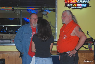 "Rusty Barkley and Jim ""Grub"" Thornburg talking to Tina Karres at Exit 36 Grill"