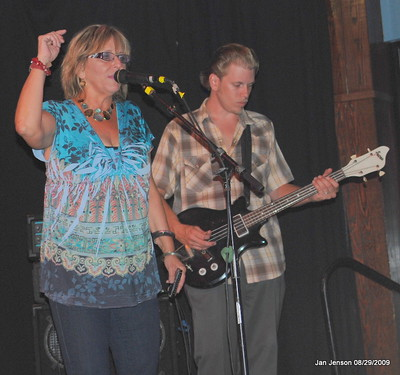 Robin Rogers & Matt Walsh at a Charlotte Blues Society Fundraiser at Midtown Sundries in Cornelius, NC.