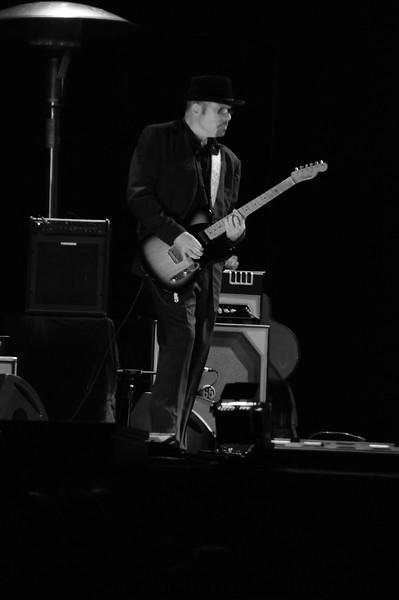 Stu Kimball, rhythm guitar