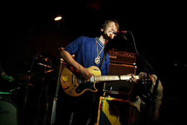 British Sea Power - Maxwell's, Hoboken - October 15th, 2007 - Pic 14
