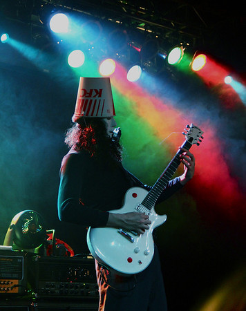 Buckethead at the OP with That 1 Guy