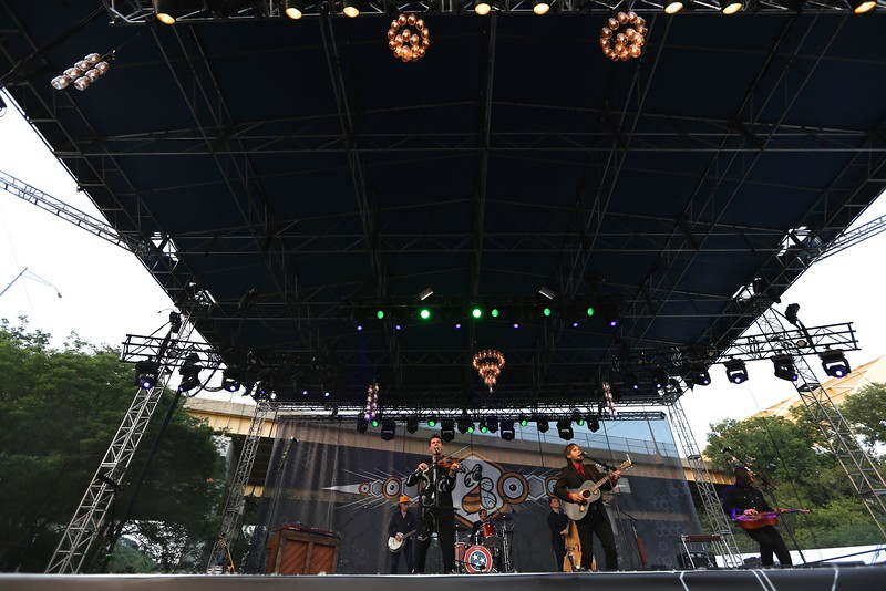 Nashville string band Old Crow Medicine Show performed in front of thousands at the Sawyer Point stage during the second day of the 2015 Bunbury Music Festival at Sawyer Point and Yeatman's Cove in Cincinnati on June 6, 2015. Emily Maxwell | WCPO<br />  Bunbury Music Fest on June 6, 2015.