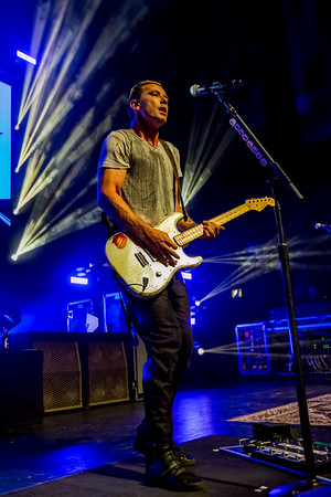 May 11, 2017 Bush at Old National Centre in Indianapolis, Indiana. 📸: Vasquez Photography
