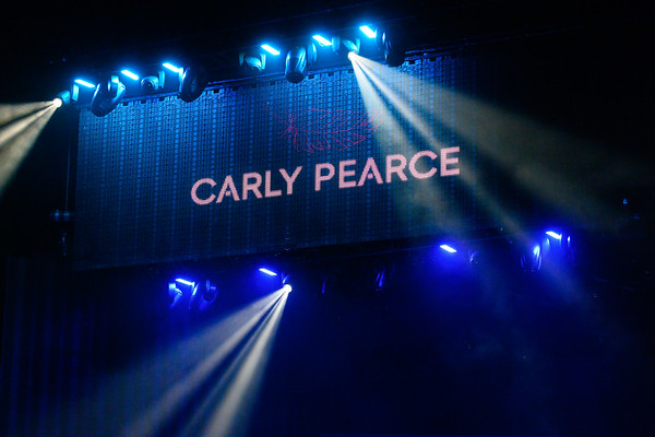 Carly Pearce 001