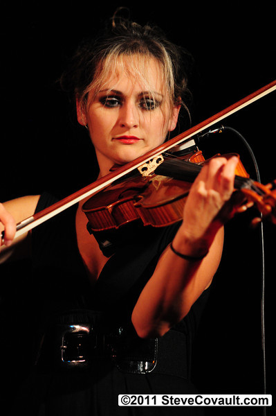 Marta B Zaludova<P><P>