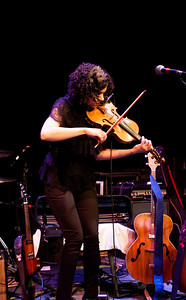 Carrie Rodriguez-14