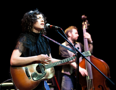 Carrie Rodriguez-17