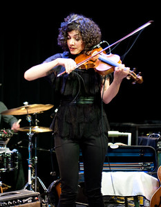 Carrie Rodriguez-32