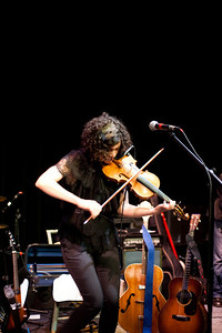 Carrie Rodriguez-18
