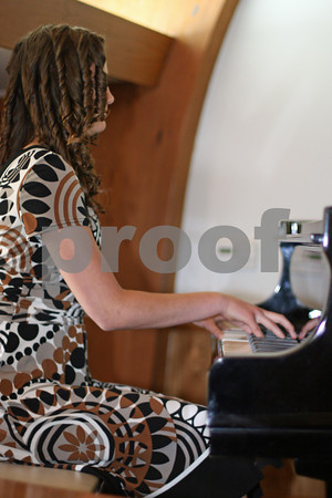 Cecile Thompson's Piano Recital 2010