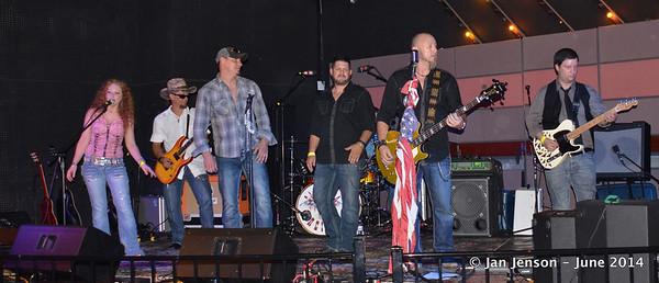 2014 CMA Country Showcase  -  6-14-14
