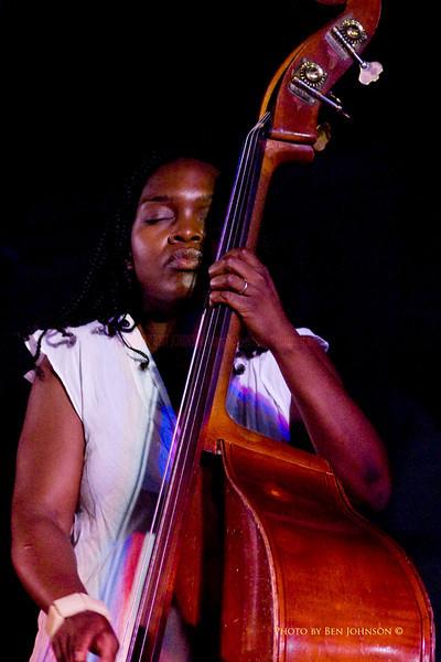 Mimi Jones Photo - Miriam Sullivan - performing with The Tia Fuller Quartet - Chicken Bone Beach Jazz Series 2009 - Kennedy Plaza,  Atlantic City, New Jersey