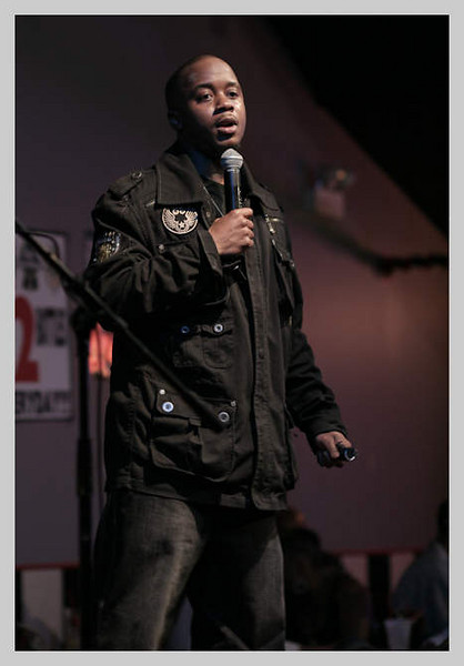 Comedian Arvin Mitchell @ Checkerboard Lounge April 2009