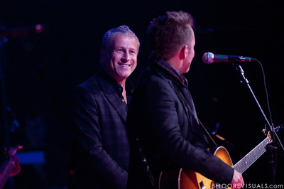 Louie Giglio joins Chris Tomlin on stage on December 3, 2009 at Countryside Christian Center in Clearwater, Florida