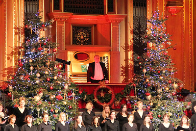 Organist Philip Scriven with the Royal Albert Hall Organ. 23 December 2012