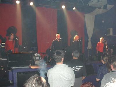 Chumbawamba + Das Skalinskis, Hanley 18.11.02