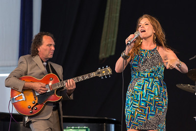 Brian Seeger and Cindy Scott Performing at New Orleans Jazz Festival 2012