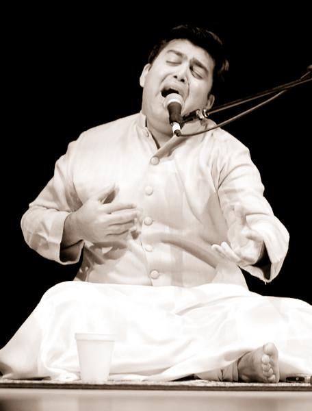 3 Shri Anurag Harsh, Vocals - Sep 29 2007, Raleigh, NC (819p)-2